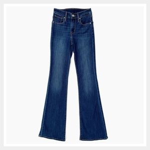 Levi's Women's High Rise Flare Leg Jeans Size 24